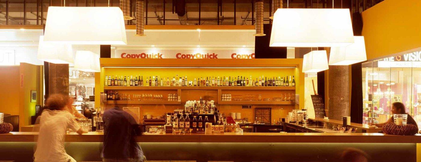 Gedimmtes Licht in Bar
