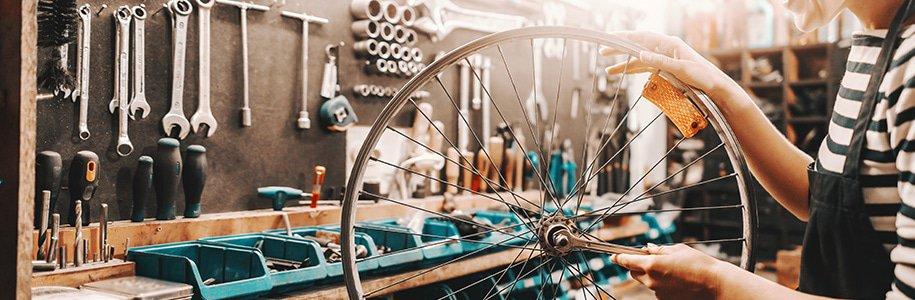Beleuchteter Reifen in Werkstatt