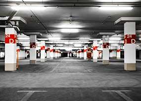 Parkplatzbeleuchtung in der Tiefgarage