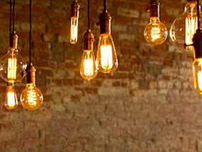 E14-LED-Lampen mit warmen Lichtfarben
