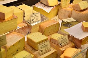 Käse im Supermarkt richtig beleuchten
